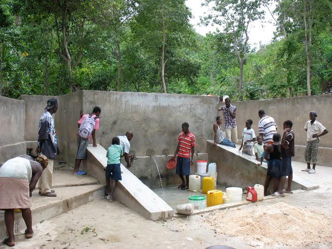 Solidarité internationale autour de l'eau: 3 exemples de ...